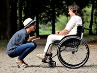 Titoli sociali e buoni care giver per persone disabili gravi o non autosufficienti, aperte le domande